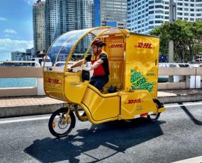 DHL japan e-vehicles